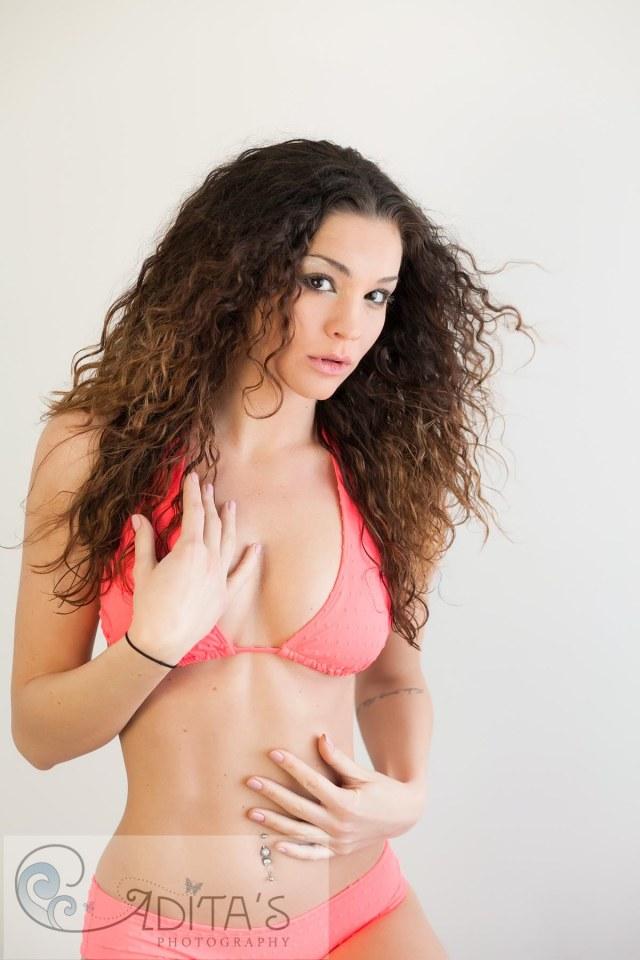 Victoria_Bikini-